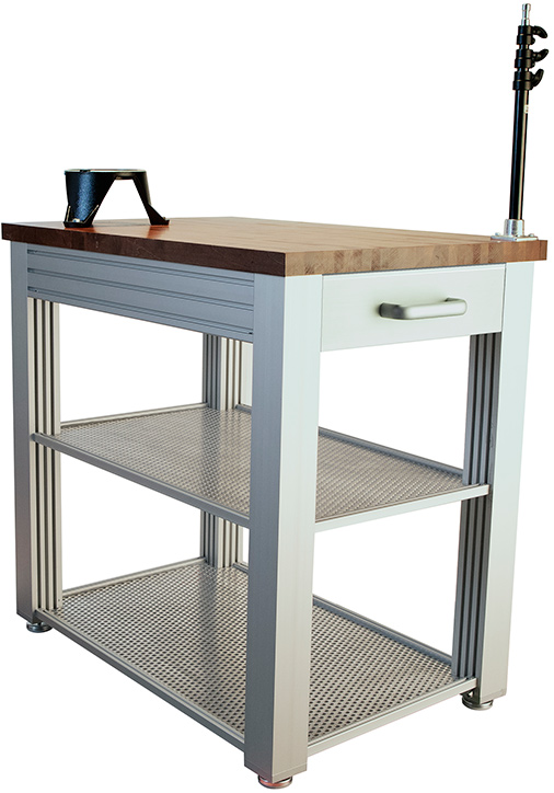 CameoGear Pedestal Workstation