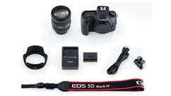 Canon EOS 5D Mark IV EF 24-70mm f/4L IS USM Kit
