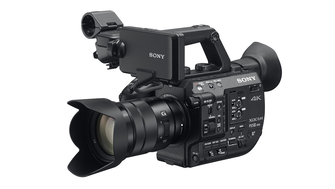 3e21464edb1 Sony PXW-FS5 II 4K XDCAM Super 35mm Compact Camcorder with 18-105mm f 4  E-Mount Zoom Lens