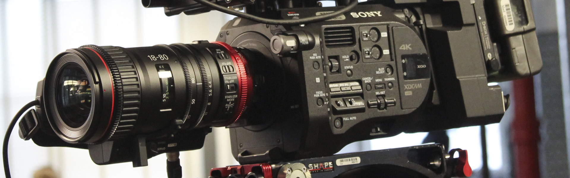 Header image for article Behind the Lens: Canon Compact Servo 18-80mm
